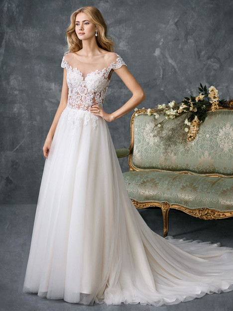1764 gown from the 2018 Kenneth Winston collection, as seen on dressfinder.ca