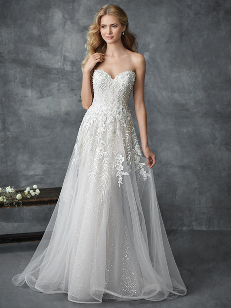 1768 gown from the 2018 Kenneth Winston collection, as seen on dressfinder.ca