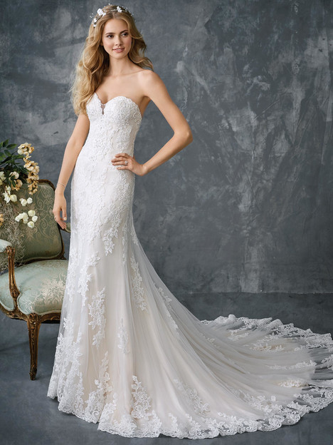 1777 gown from the 2018 Kenneth Winston collection, as seen on dressfinder.ca