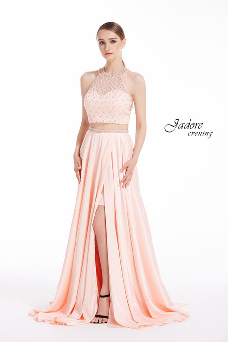 J12020 (Pink) gown from the 2018 Jadore Evening collection, as seen on dressfinder.ca