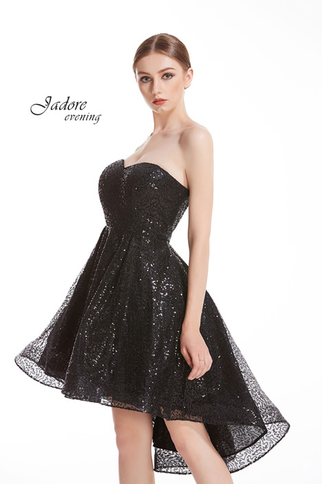 J12023 (Black) gown from the 2018 Jadore Evening collection, as seen on dressfinder.ca