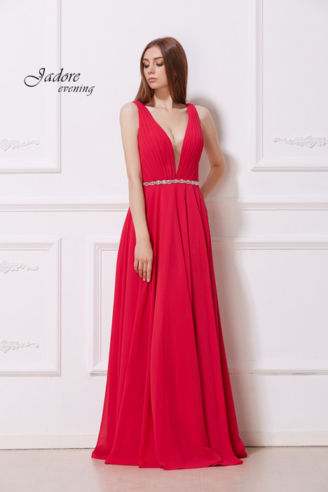 J12041 (Crimson) gown from the 2018 Jadore Evening collection, as seen on dressfinder.ca