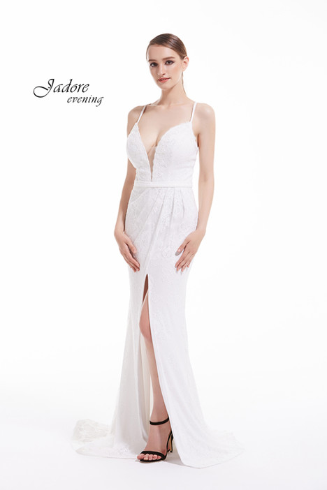 J12052 (Ivory) gown from the 2018 Jadore Evening collection, as seen on dressfinder.ca