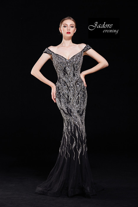 J12068 (Black) gown from the 2018 Jadore Evening collection, as seen on dressfinder.ca