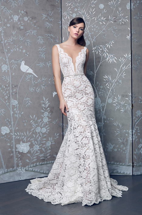L8153 Wedding dress by Legends Romona Keveza