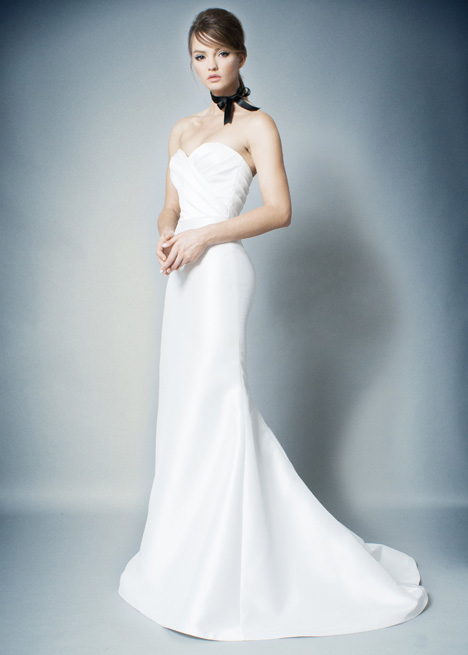 RB009 Wedding                                          dress by Romona