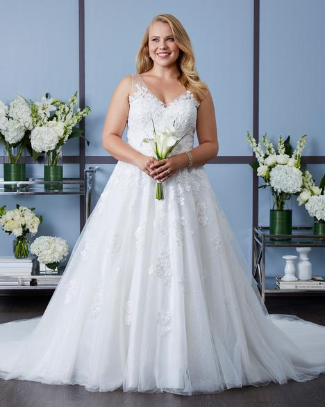 7630W (3) Wedding                                          dress by Romantic Bridals: Curvy Bride