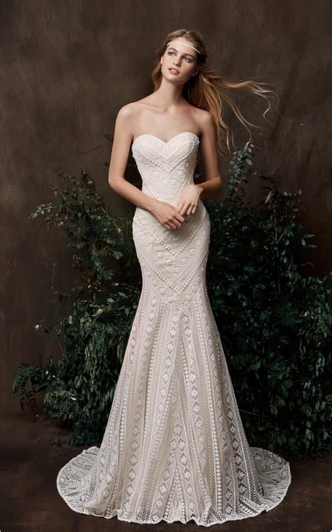 Acacia Wedding                                          dress by Chic Nostalgia