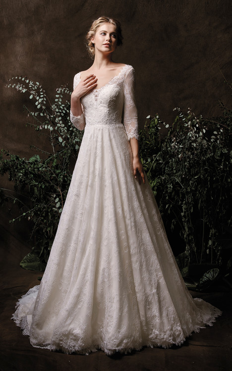 Lana Wedding                                          dress by Chic Nostalgia