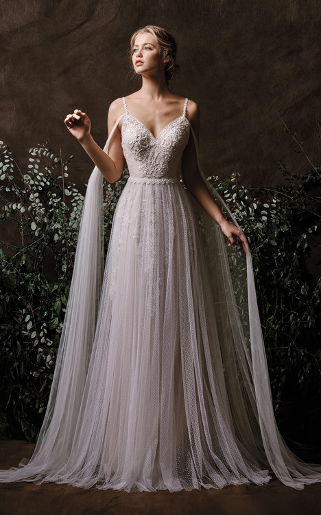 Nissa Wedding                                          dress by Chic Nostalgia
