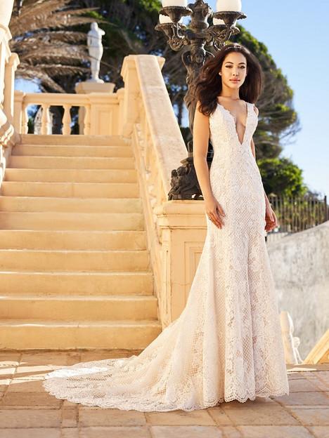 Kiara Wedding                                          dress by Val Stefani