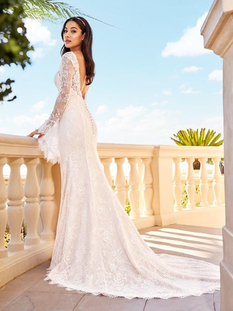 Piper (Back) Wedding                                          dress by Val Stefani