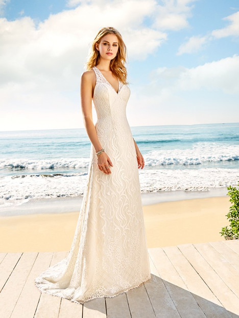 Malibu gown from the 2018 Simply Val Stefani collection, as seen on dressfinder.ca