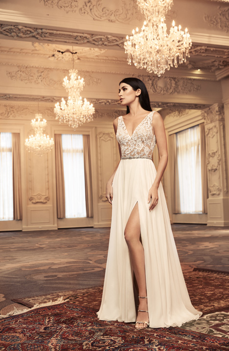 4808 Wedding                                          dress by Paloma Blanca
