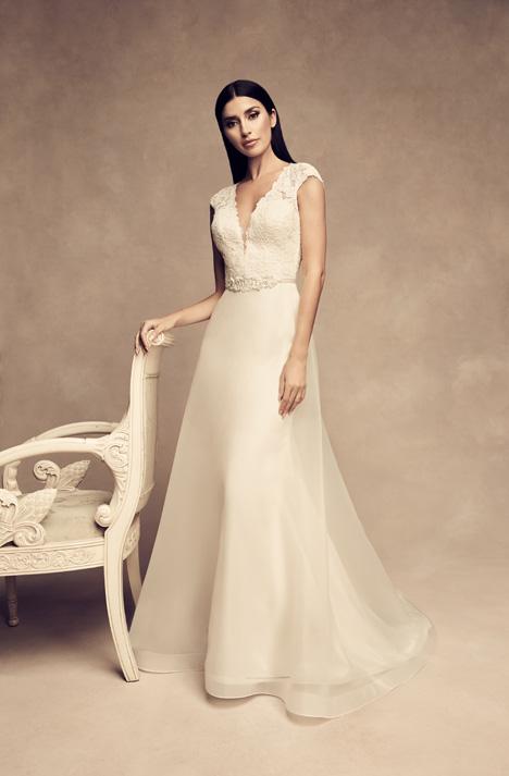 4810 Wedding                                          dress by Paloma Blanca