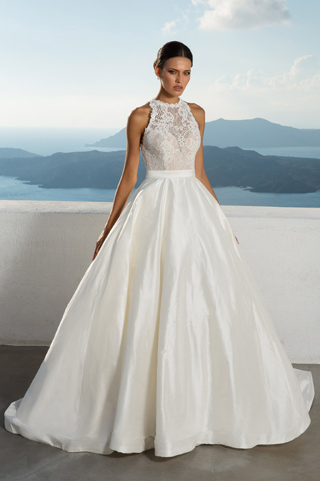 88001 Wedding                                          dress by Justin Alexander