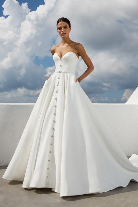 Style 88025 gown from the 2018 Justin Alexander collection, as seen on dressfinder.ca