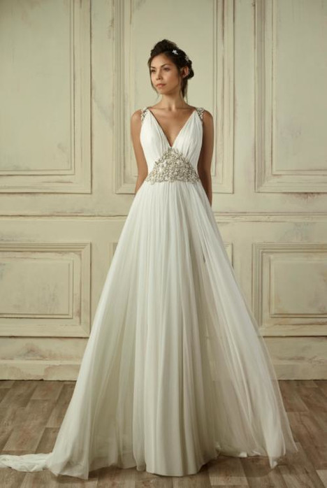 5254 gown from the 2018 Gemy Maalouf collection, as seen on dressfinder.ca
