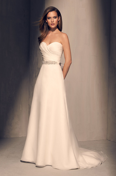 2213 Wedding                                          dress by Mikaella