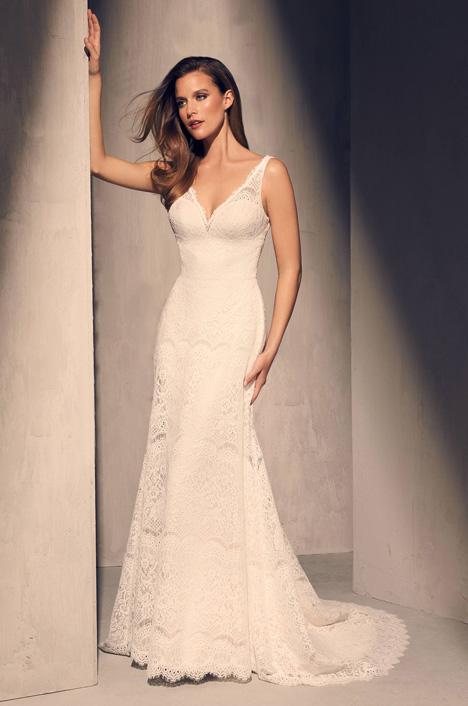 2217 Wedding                                          dress by Mikaella