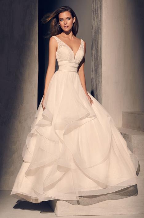 2218 Wedding                                          dress by Mikaella
