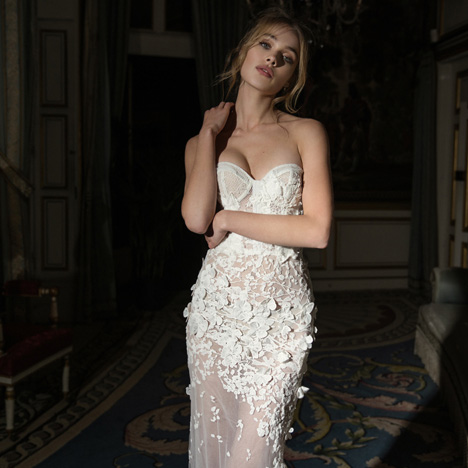 10 (Front) gown from the 2018 Inbal Dror collection, as seen on dressfinder.ca