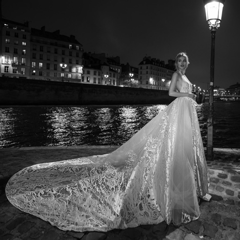 21 (Side) Wedding                                          dress by Inbal Dror