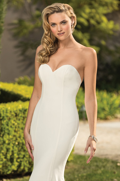Leona Wedding                                          dress by Casablanca Bridal