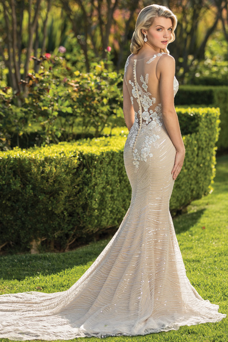Gia (Back) Wedding                                          dress by Casablanca Bridal