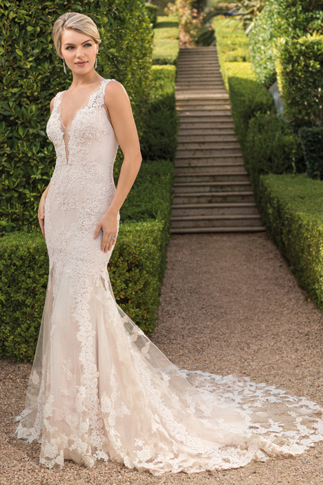 Evelyn Wedding                                          dress by Casablanca Bridal