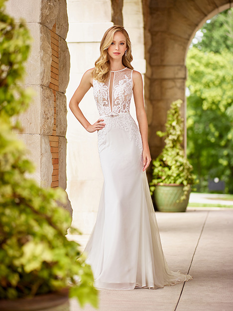 118134 gown from the 2018 Enchanting by Mon Cheri collection, as seen on dressfinder.ca