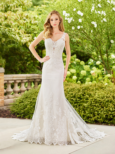 118151 Wedding                                          dress by Enchanting by Mon Cheri