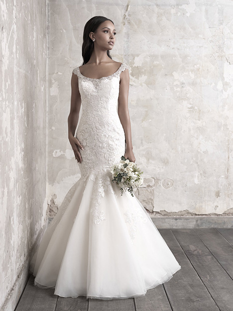 MJ464 Wedding                                          dress by Madison James