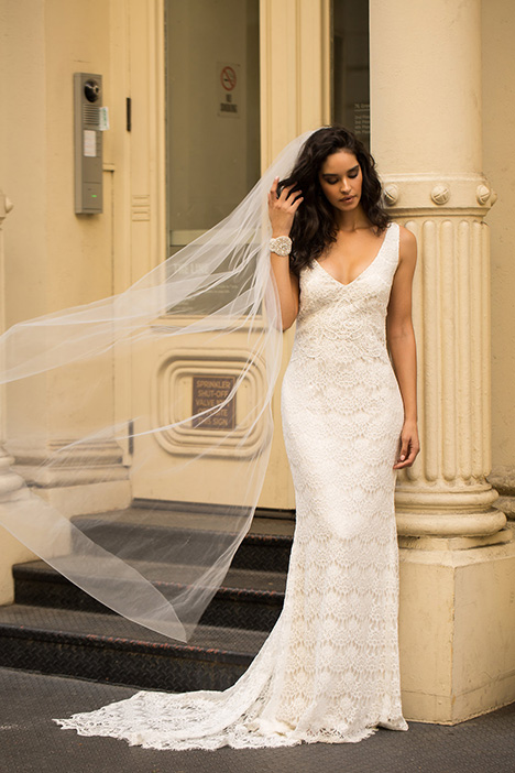 Saasha (Plain) Wedding                                          dress by Anna Campbell