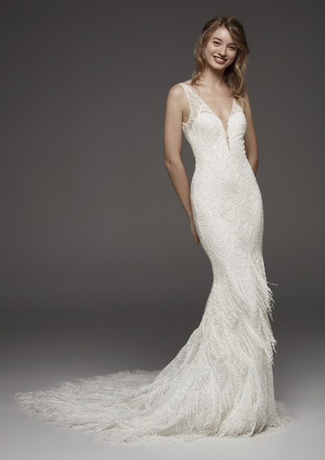 Hereux gown from the 2019 Pronovias Atelier collection, as seen on dressfinder.ca