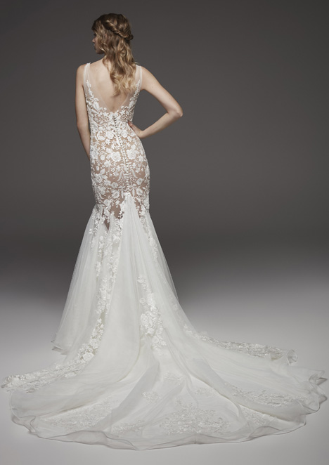 Hierba (back) Wedding                                          dress by Pronovias Atelier