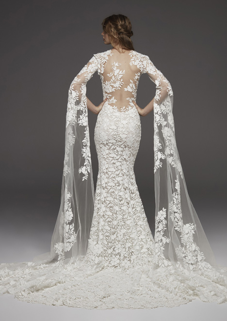Himalaya (back) Wedding                                          dress by Pronovias Atelier