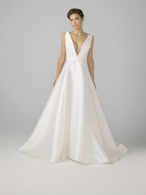 18108 Wedding dress by Azul