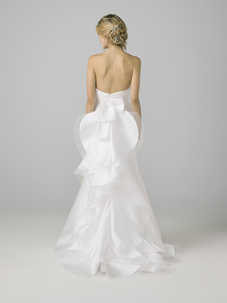 18109 (back) Wedding                                          dress by Azul