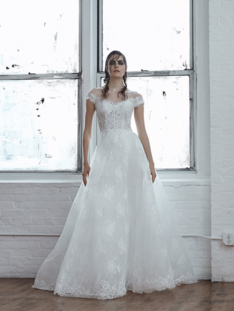 Cielo gown from the 2018 Isabelle Armstrong collection, as seen on dressfinder.ca