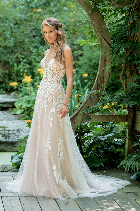 66010 Wedding                                          dress by Lillian West