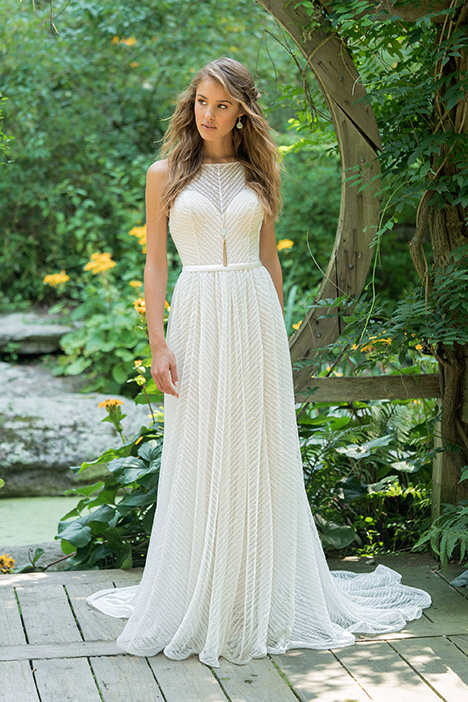 66015 Wedding                                          dress by Lillian West