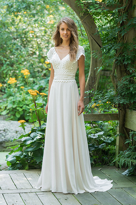 66016 Wedding                                          dress by Lillian West