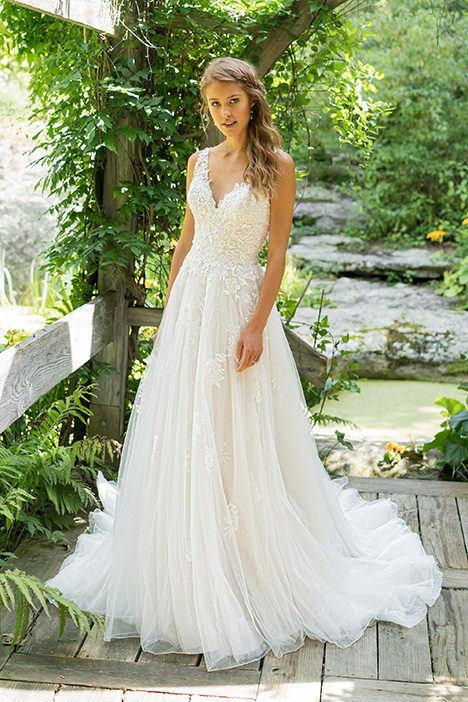 66025 Wedding                                          dress by Lillian West