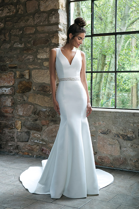 44043 Wedding                                          dress by Sincerity