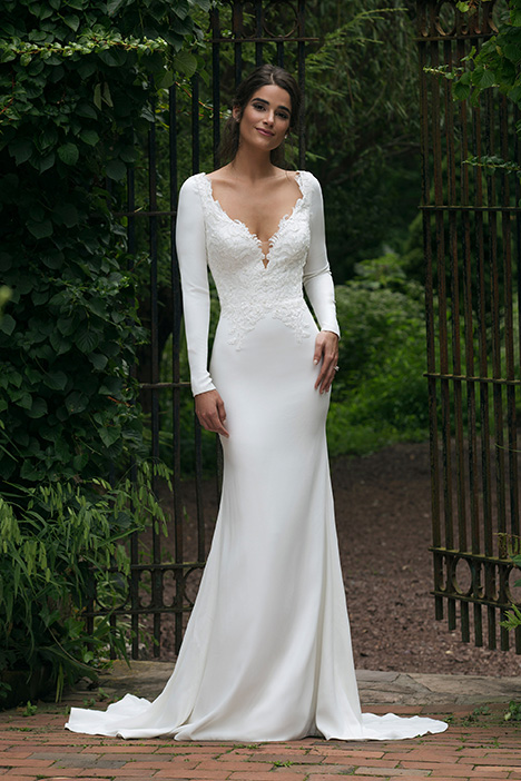 44045 Wedding                                          dress by Sincerity