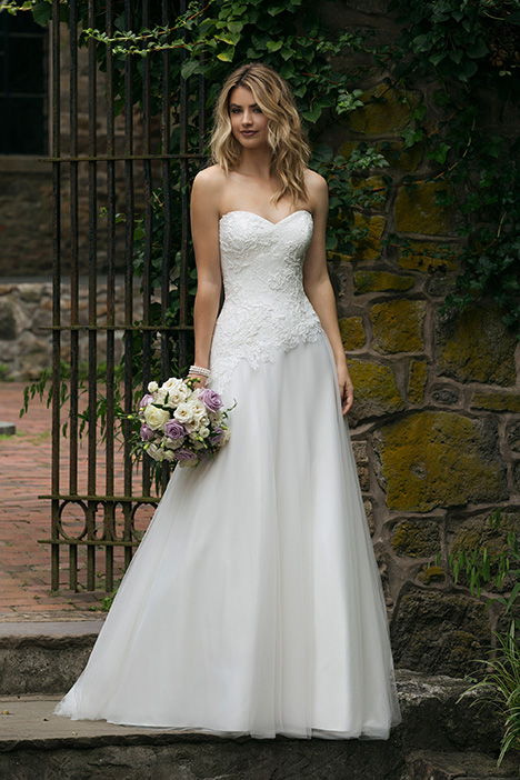44046 Wedding                                          dress by Sincerity
