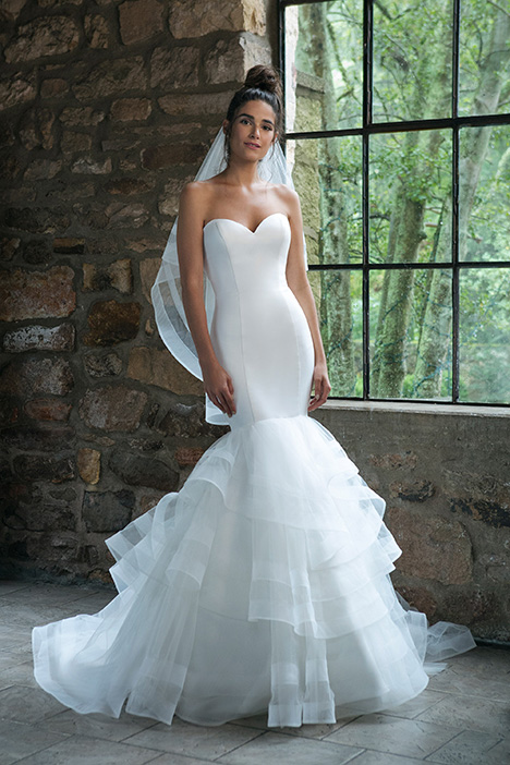 44047 Wedding                                          dress by Sincerity