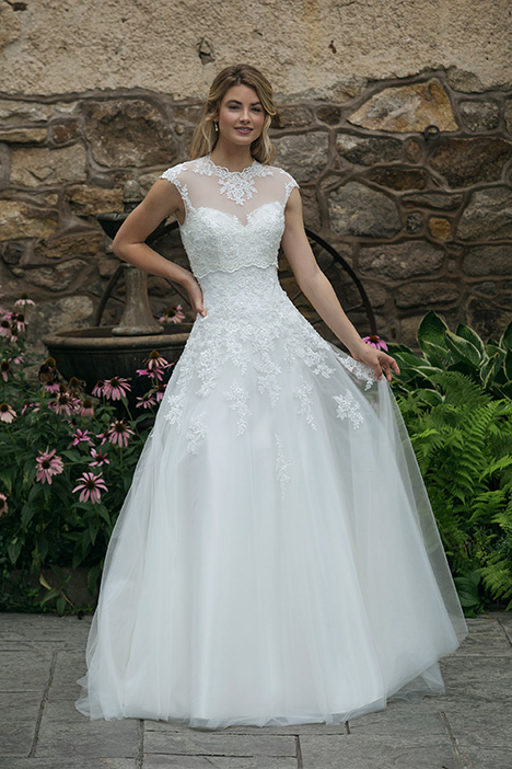44050 (2) Wedding                                          dress by Sincerity
