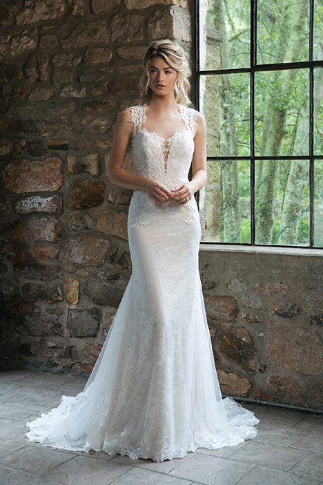 44056 Wedding                                          dress by Sincerity